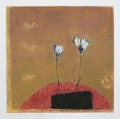 Blommor på runt bord